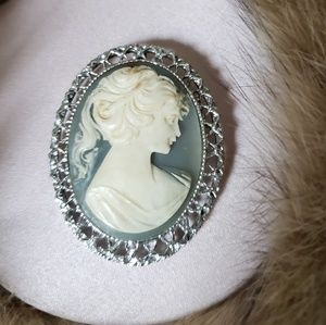 Vintage Cameo brooch or pendant silver color frame